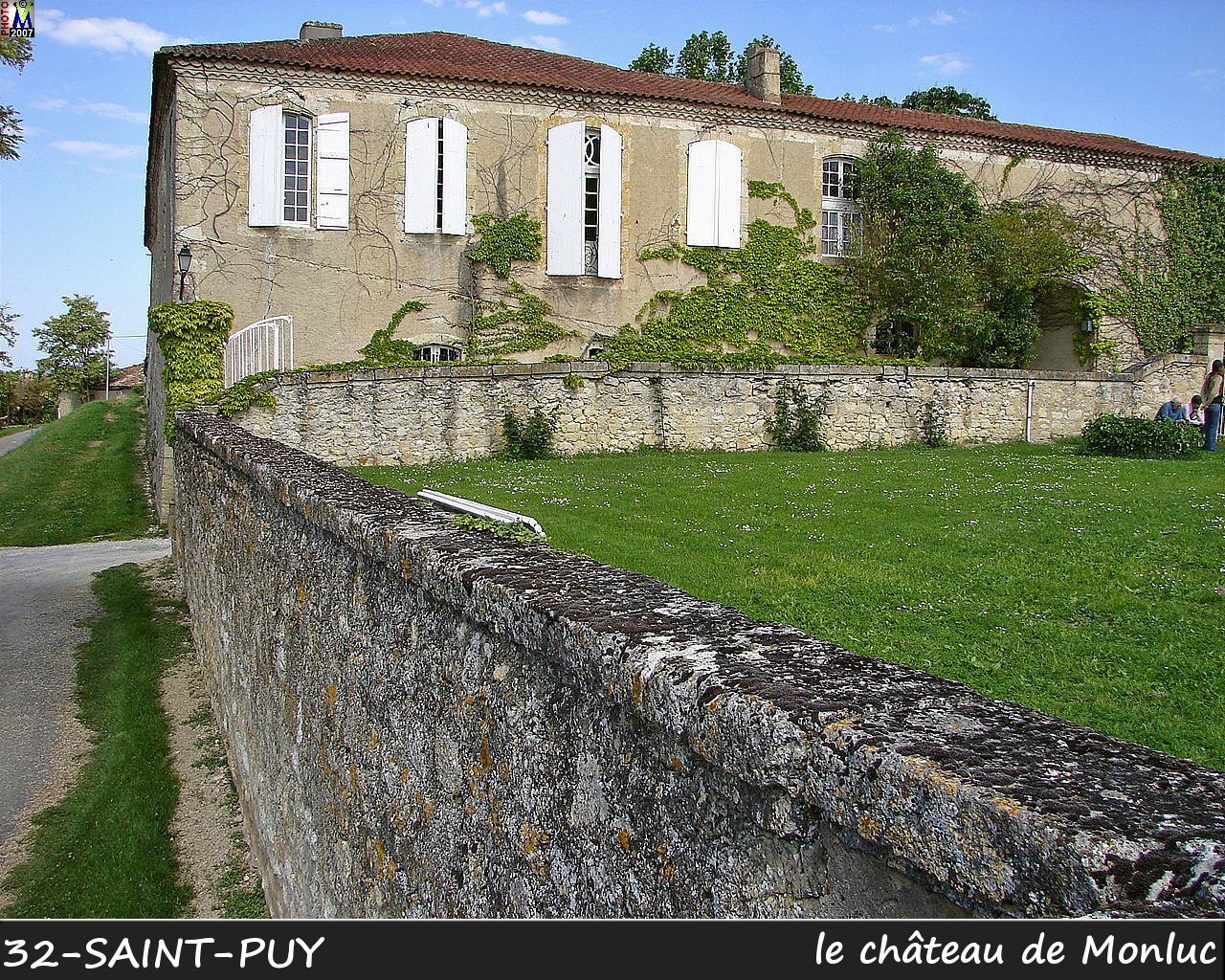 32St-PUY_chateau_102.jpg