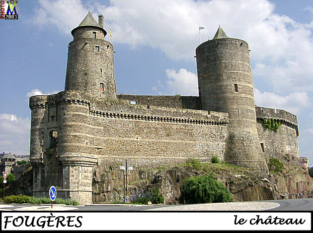 35FOUGERES_chateau_180.jpg