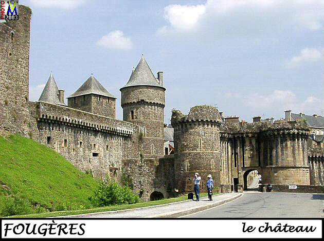 35FOUGERES_chateau_190.jpg