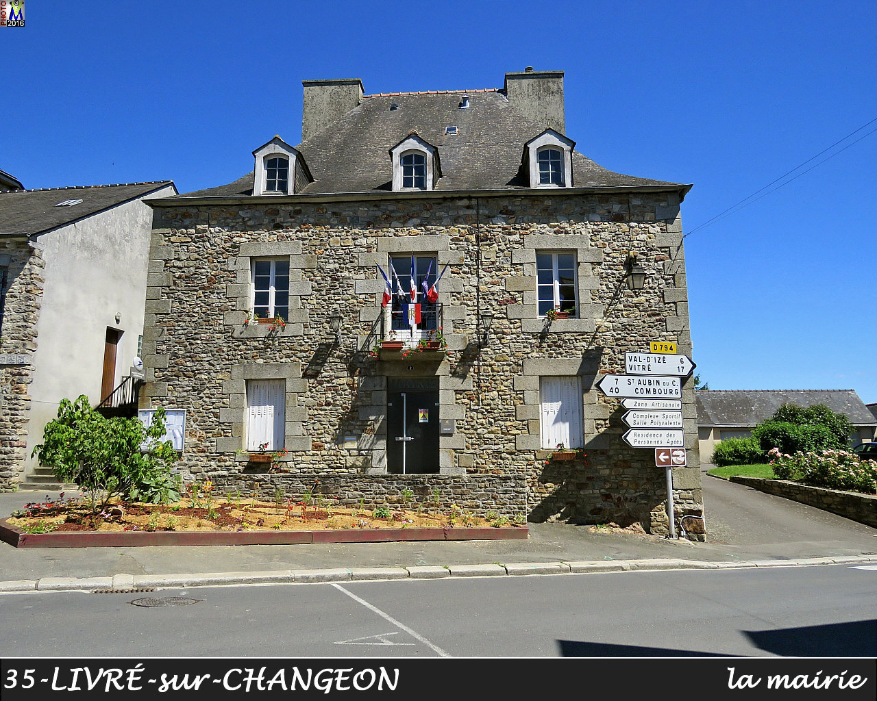 35LIVRE-CHANGEON_mairie_100.jpg