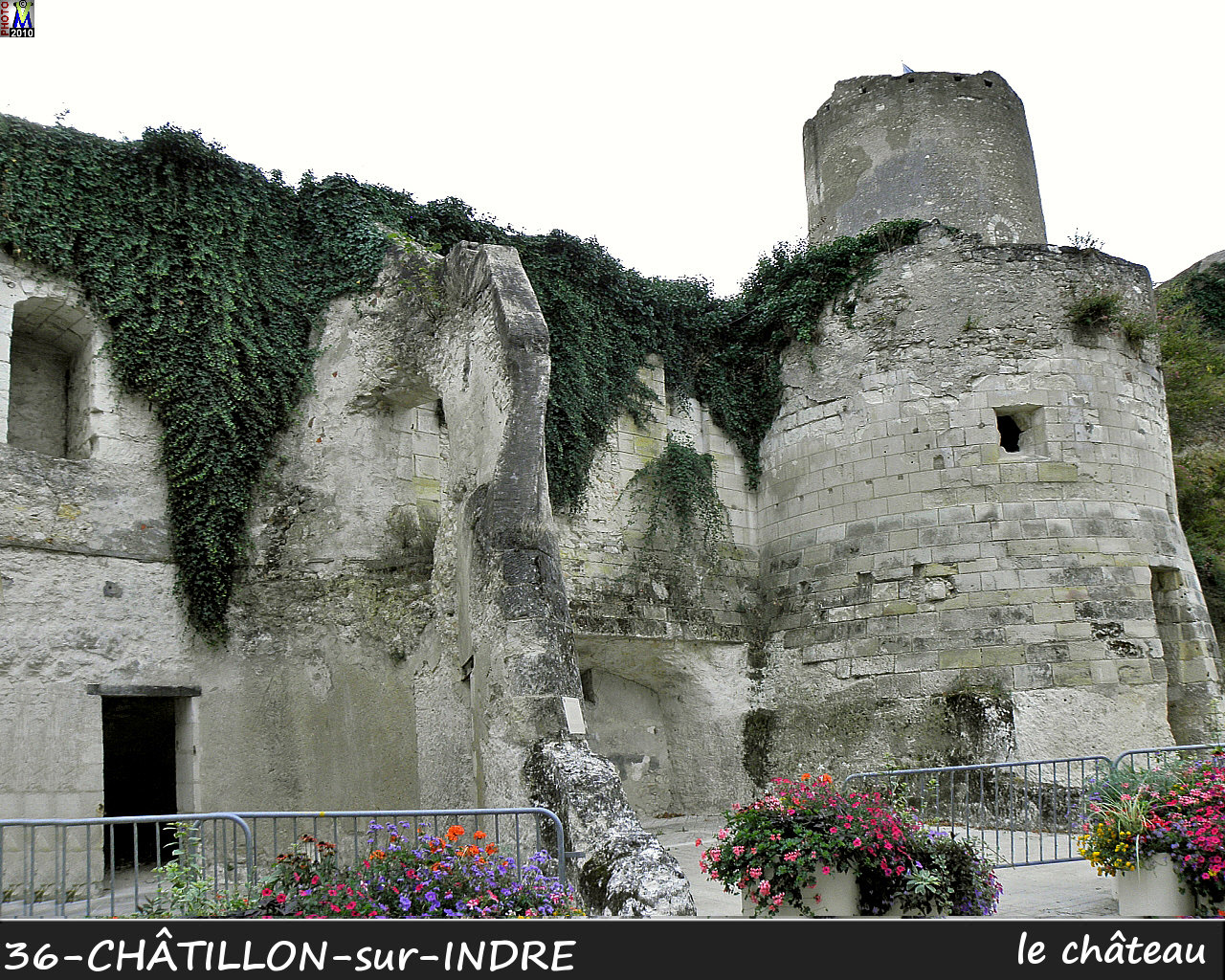 36CHATILLON-INDRE_chateau_100.jpg