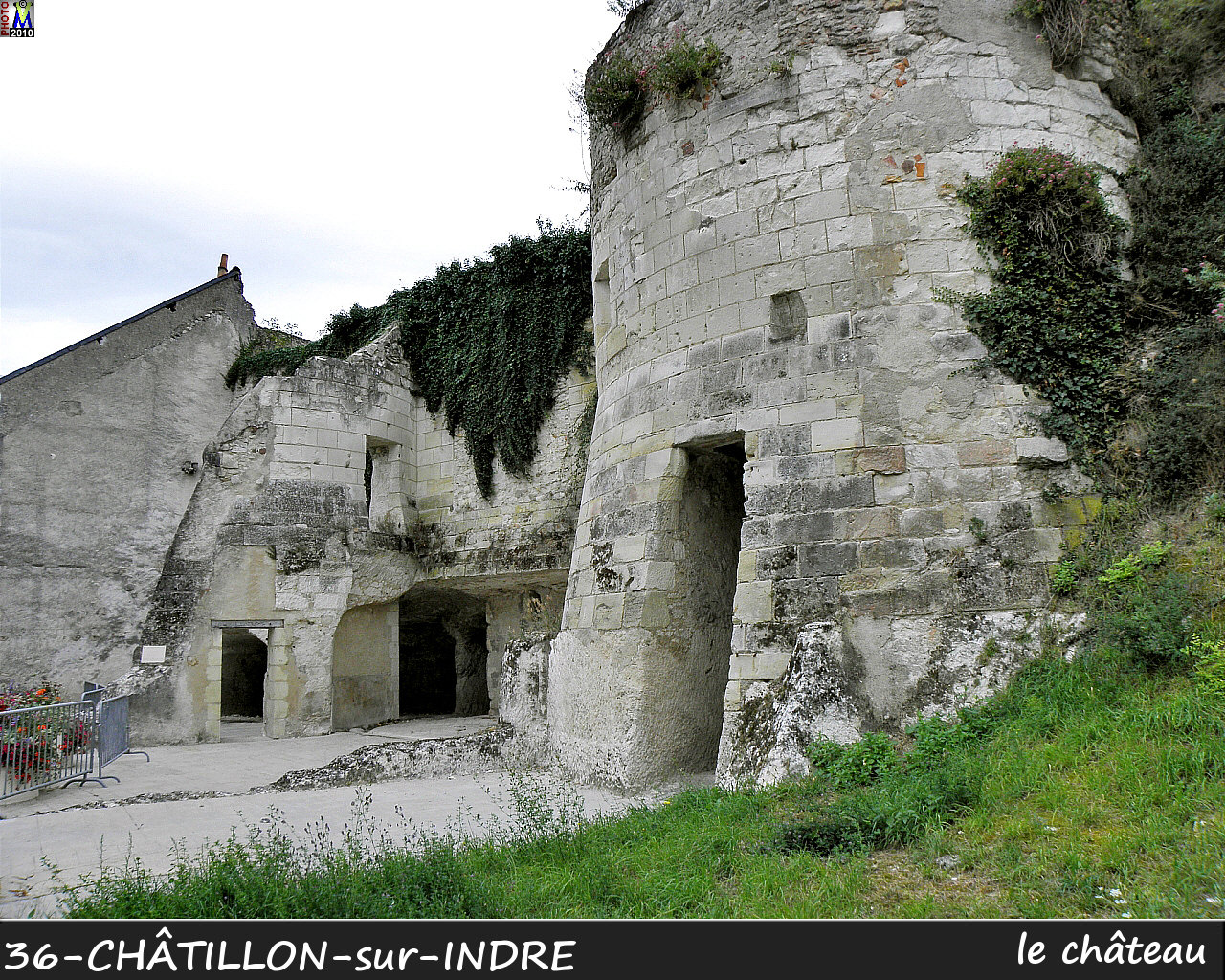 36CHATILLON-INDRE_chateau_102.jpg