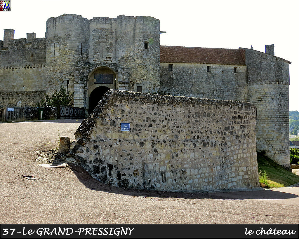 37GRAND-PRESSIGNY_chateau_102.jpg