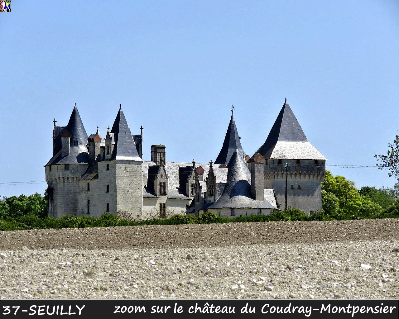 37SEUILLY_chateau_1010.jpg