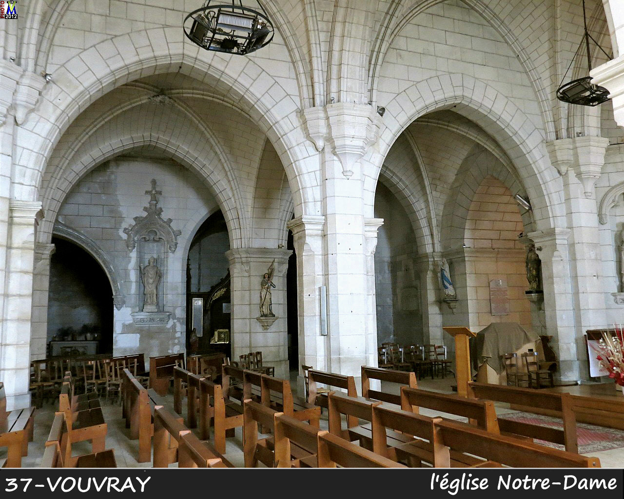37VOUVRAY_eglise_202.jpg