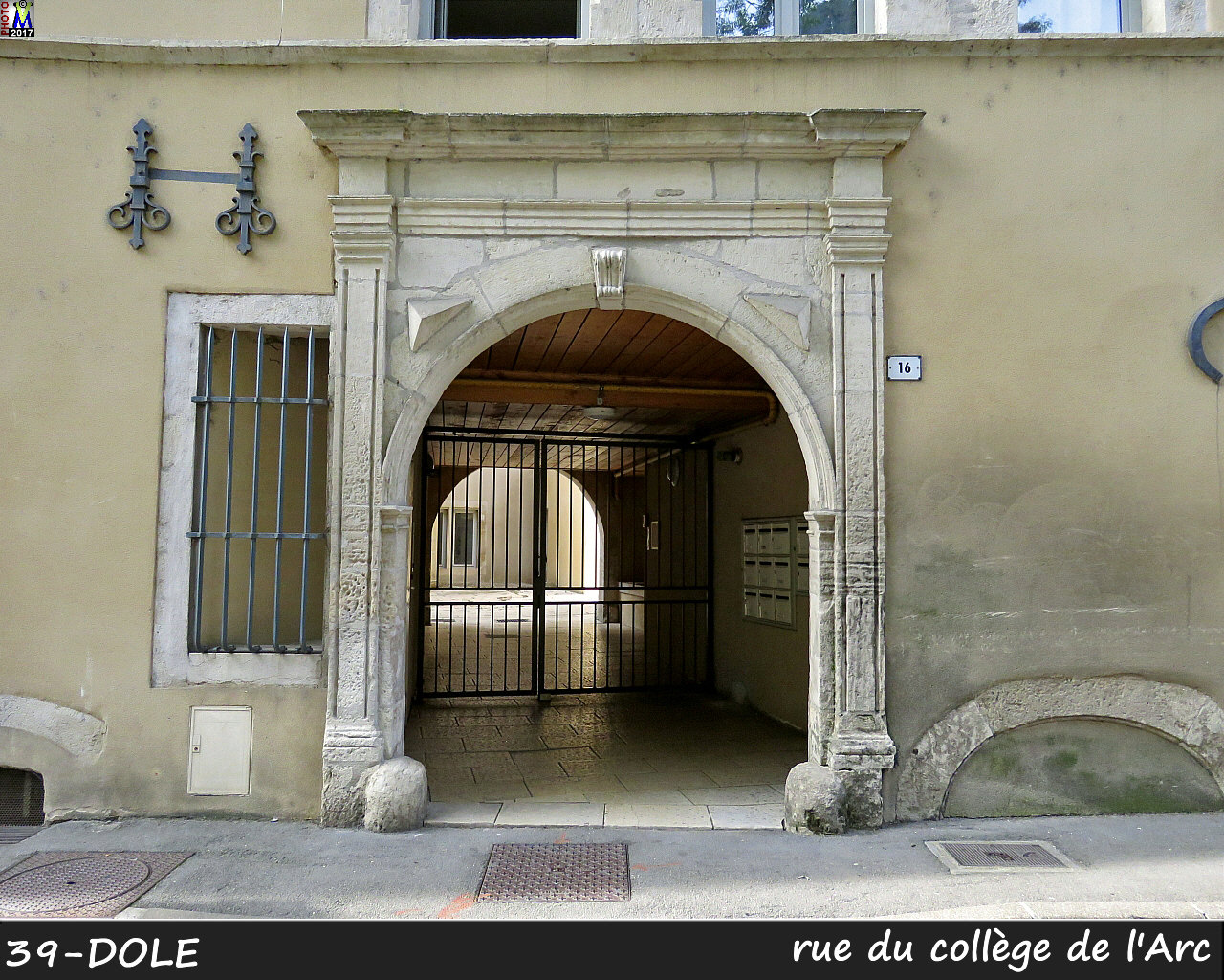 39DOLE_rue-college-Arc-116.jpg