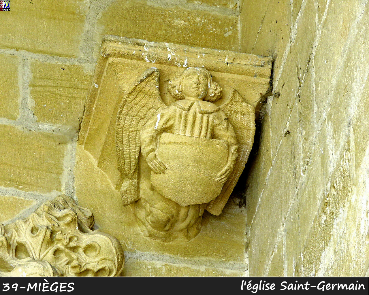 39MIEGES_eglise_132.jpg