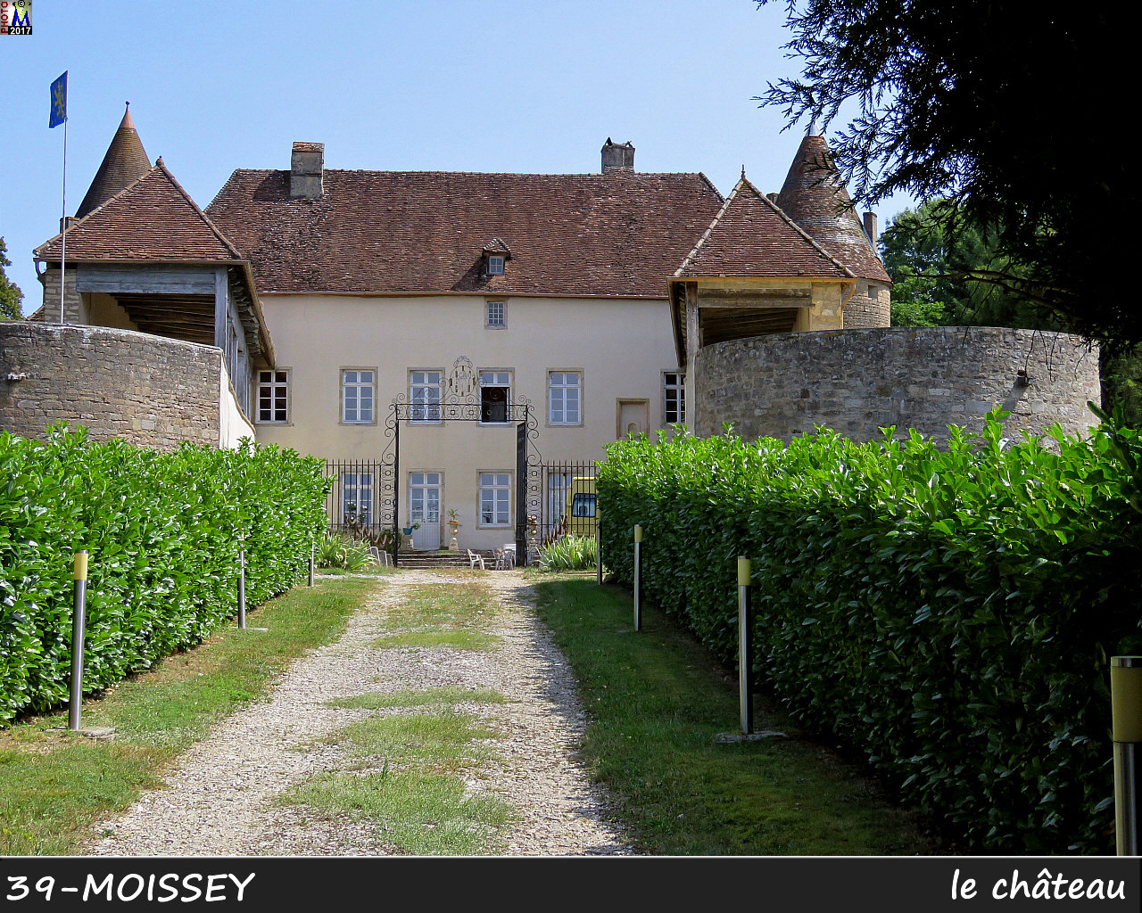 39MOISSEY_chateau_100.jpg