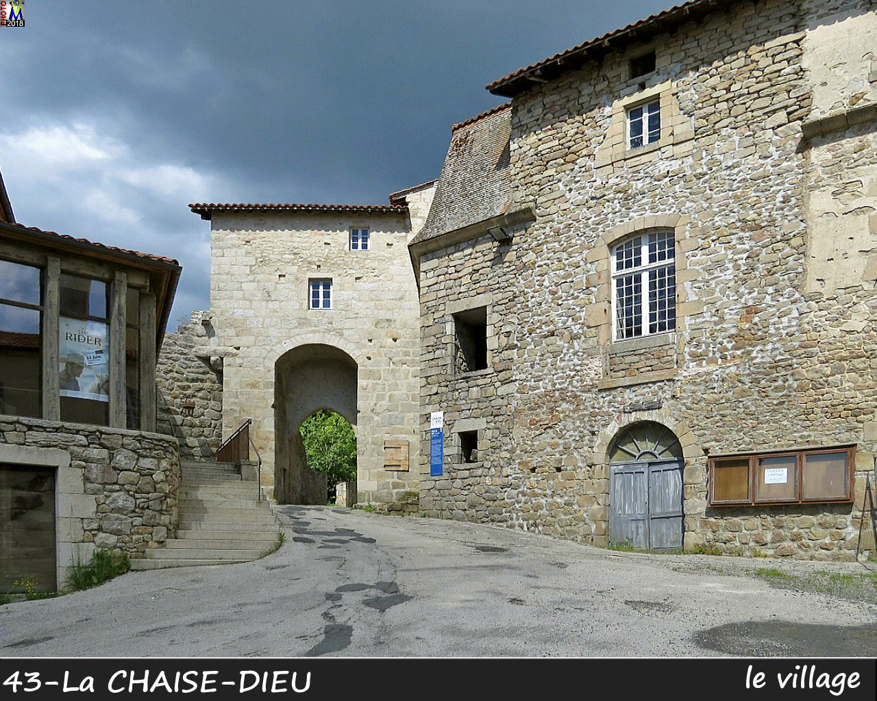 43CHAISE-DIEU_village_122.jpg