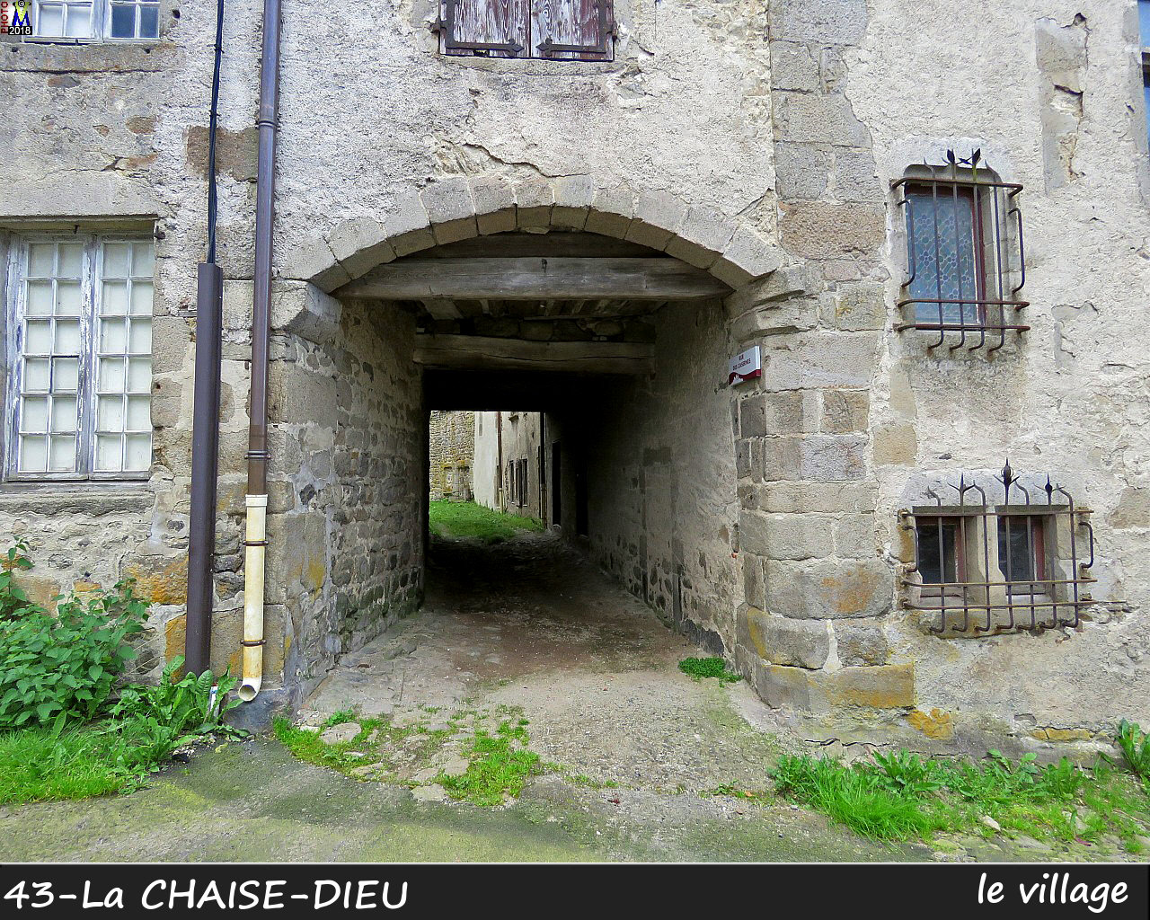 43CHAISE-DIEU_village_136.jpg