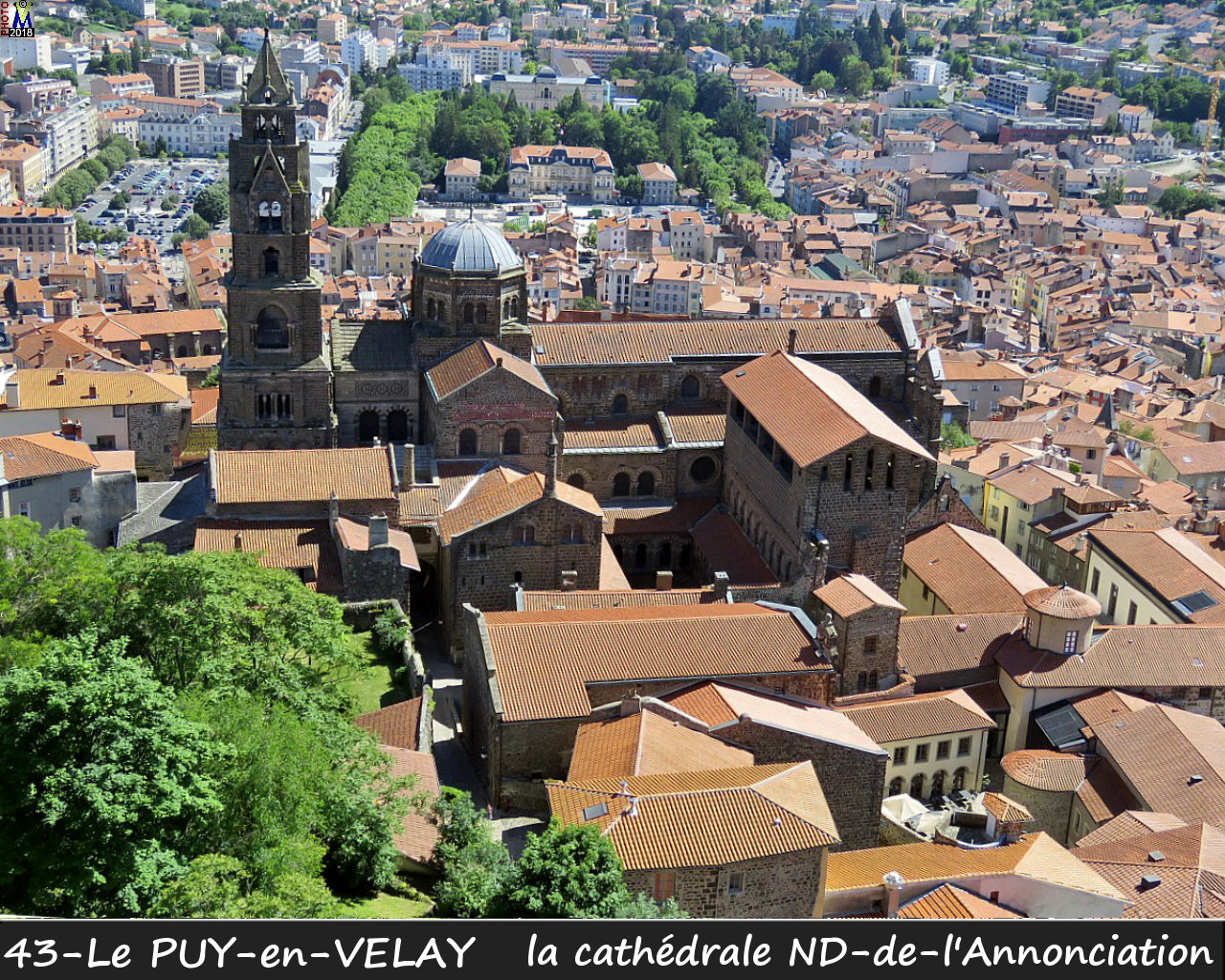 43PUY-EN-VELAY_cathedrale_103.jpg