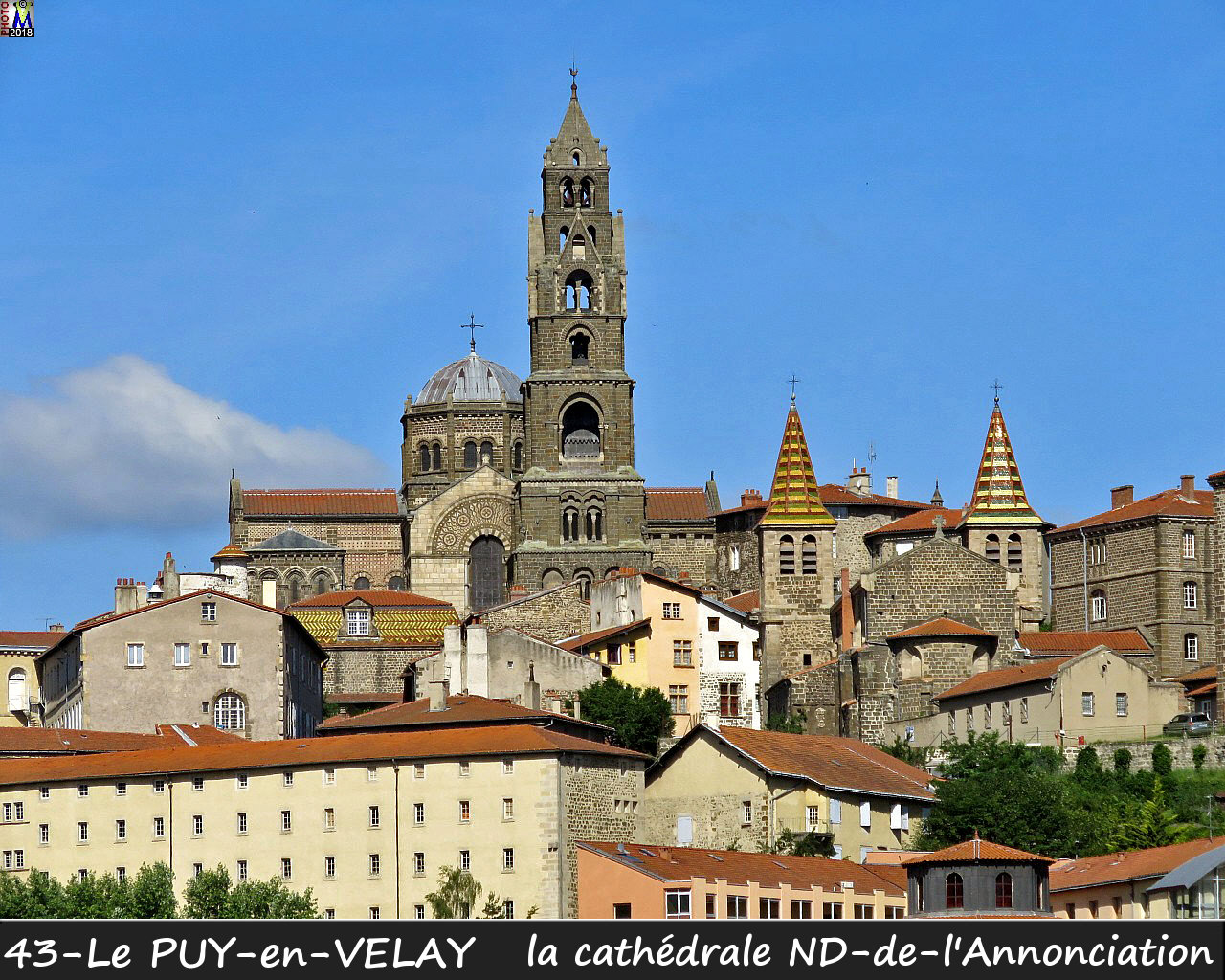 43PUY-EN-VELAY_cathedrale_104.jpg