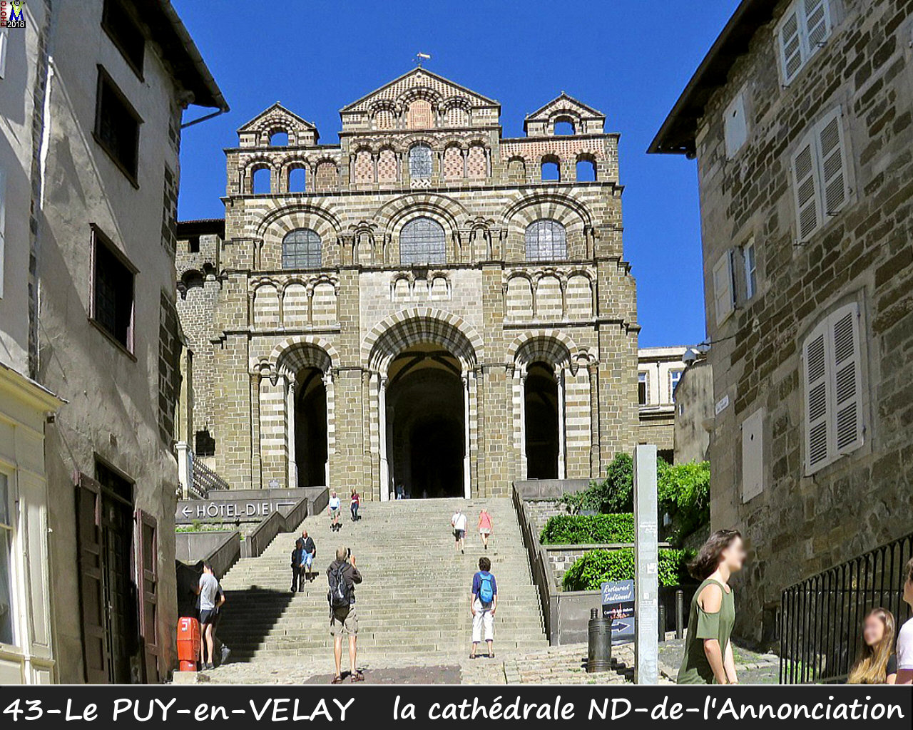 43PUY-EN-VELAY_cathedrale_110.jpg