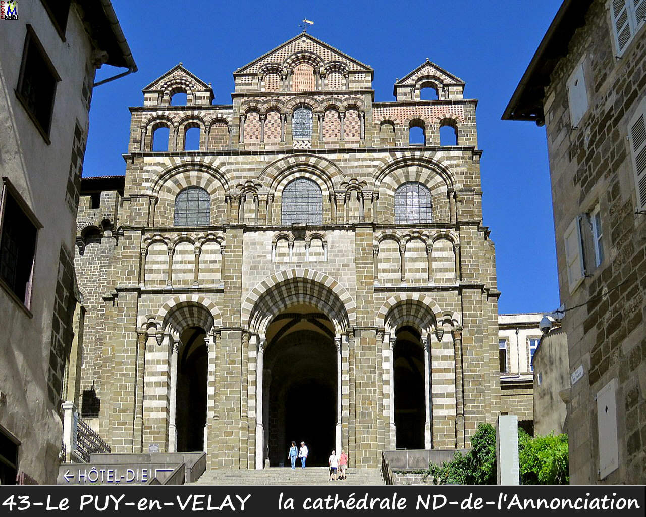 43PUY-EN-VELAY_cathedrale_114.jpg
