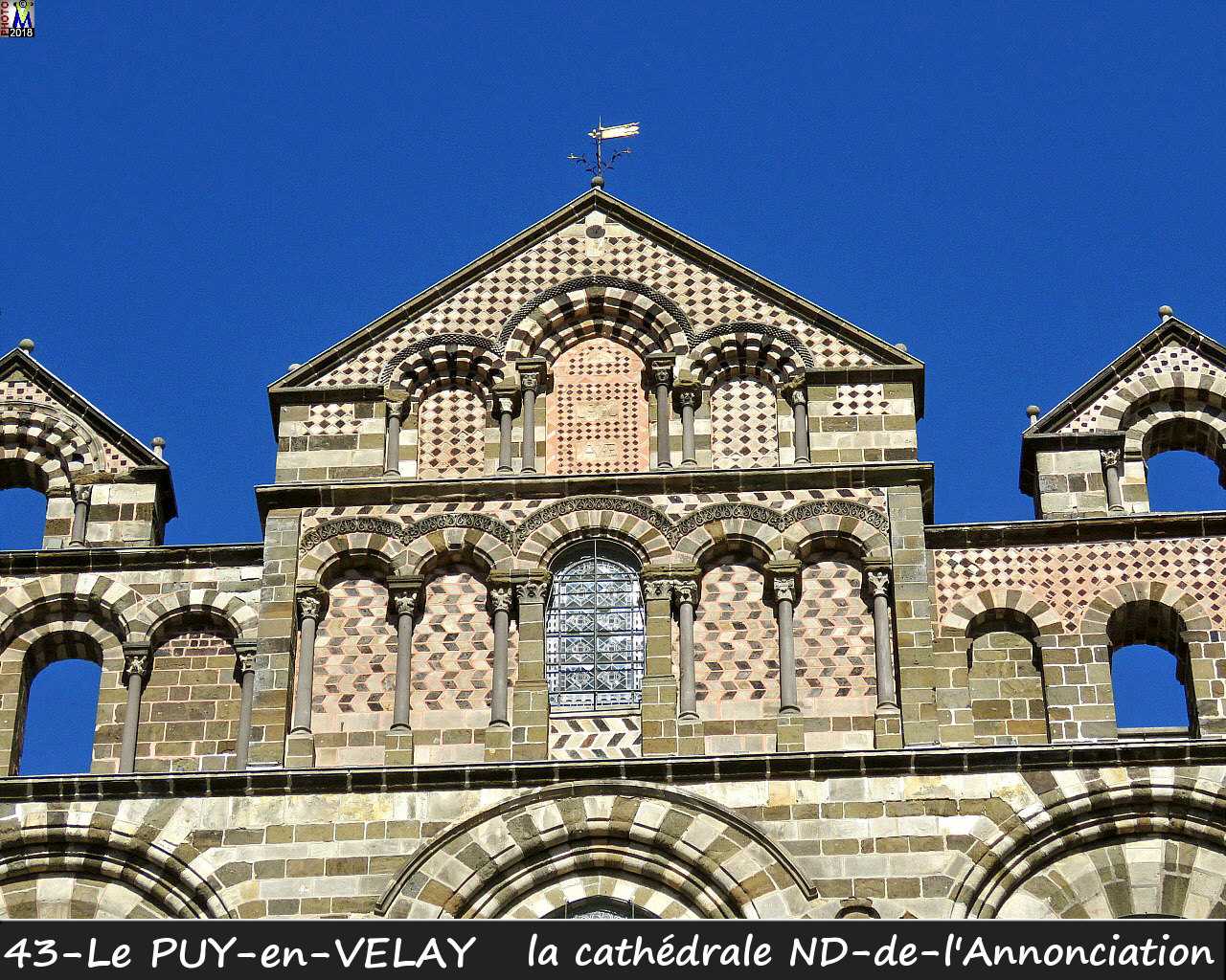 43PUY-EN-VELAY_cathedrale_116.jpg