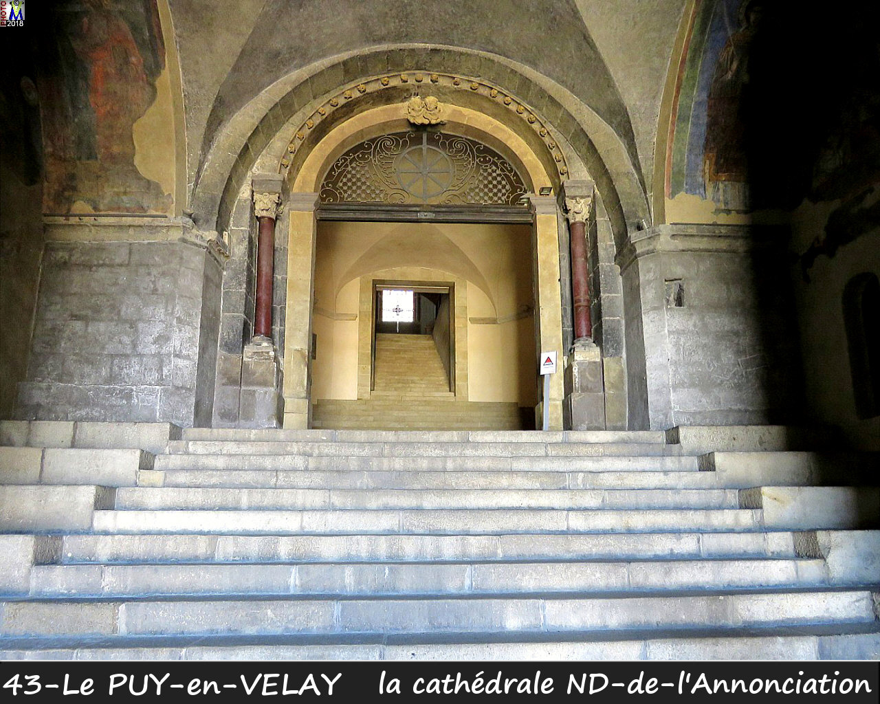 43PUY-EN-VELAY_cathedrale_124.jpg