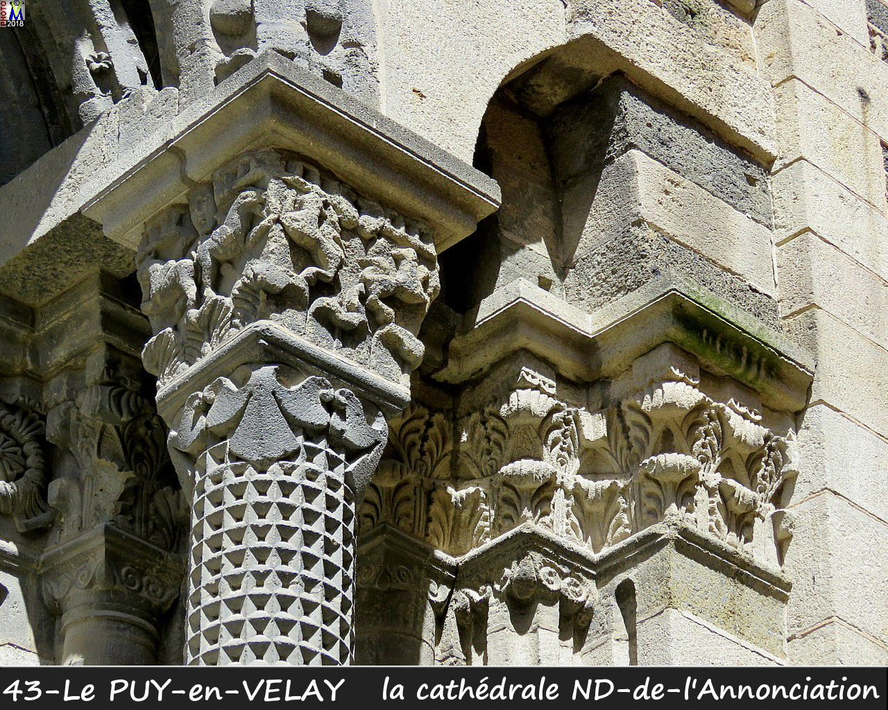 43PUY-EN-VELAY_cathedrale_146.jpg
