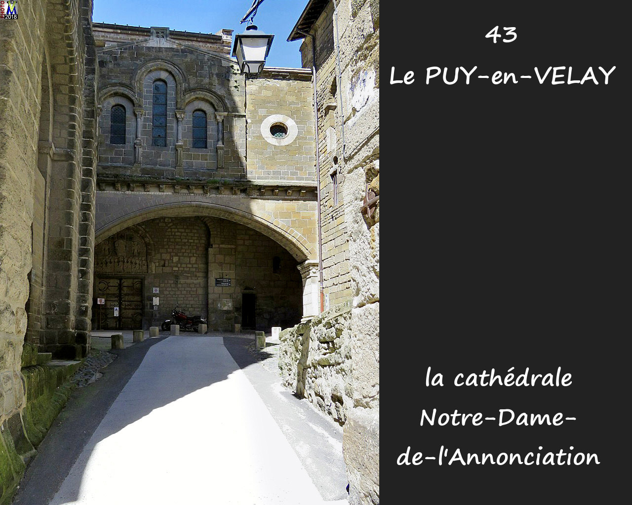 43PUY-EN-VELAY_cathedrale_152.jpg