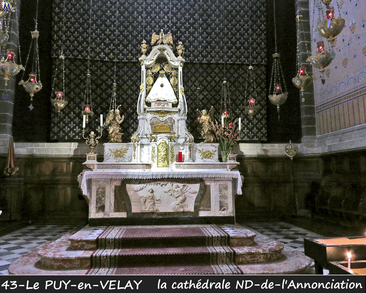 43PUY-EN-VELAY_cathedrale_212.jpg