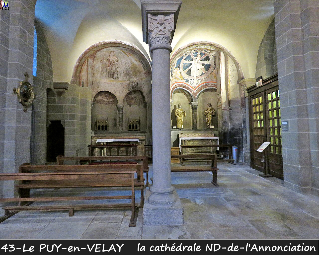 43PUY-EN-VELAY_cathedrale_220.jpg