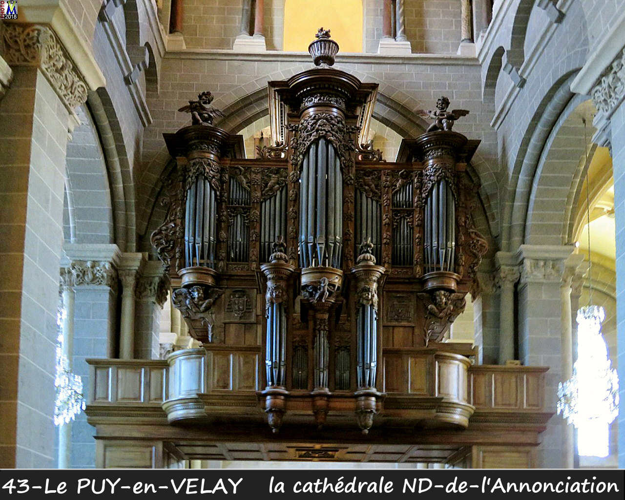 43PUY-EN-VELAY_cathedrale_256.jpg