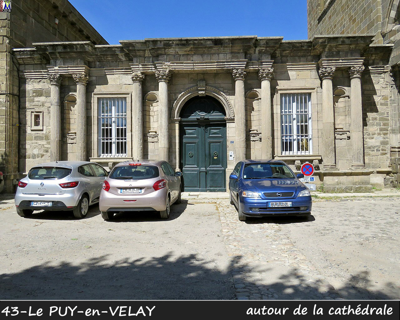 43PUY-EN-VELAY_cathedrale_402.jpg