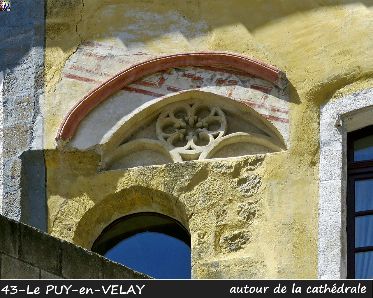 43PUY-EN-VELAY_cathedrale_410.jpg