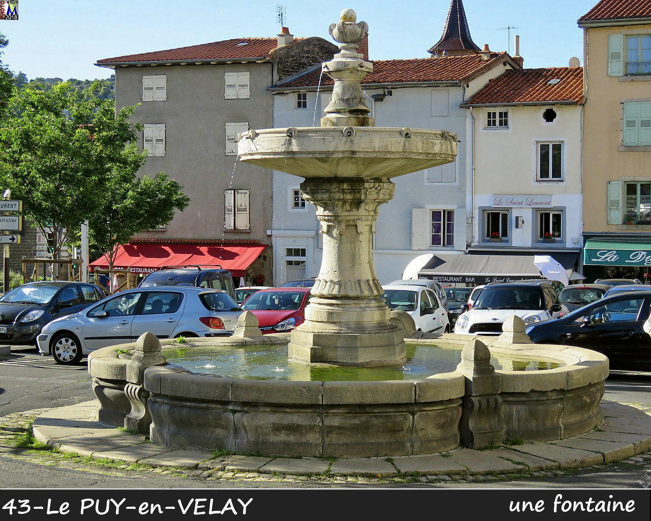 43PUY-EN-VELAY_fontaine_170.jpg