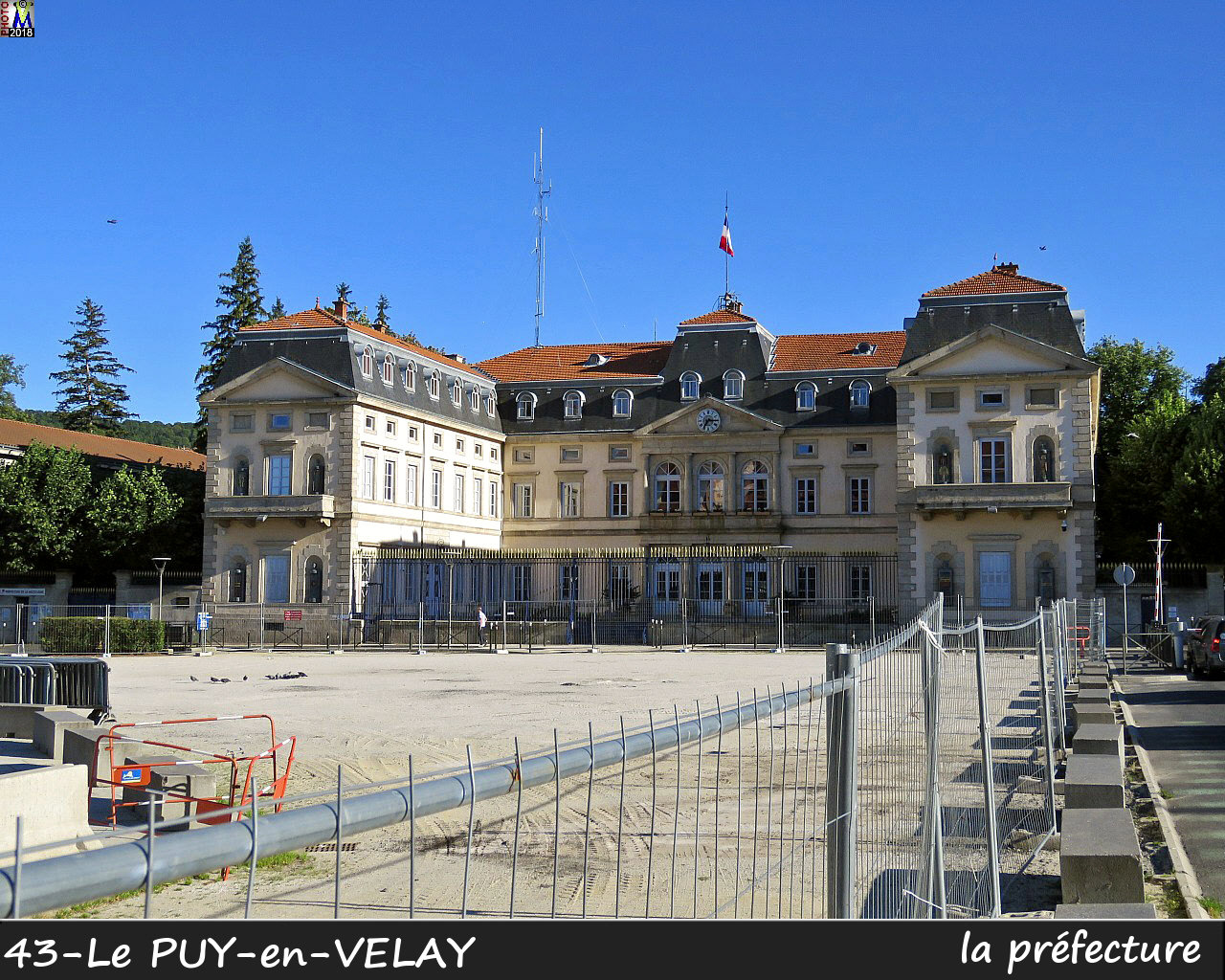 43PUY-EN-VELAY_prefecture_100.jpg