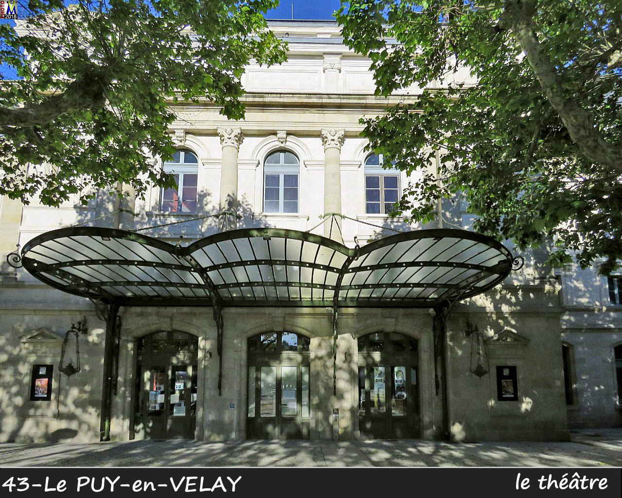 43PUY-EN-VELAY_theatre_100.jpg