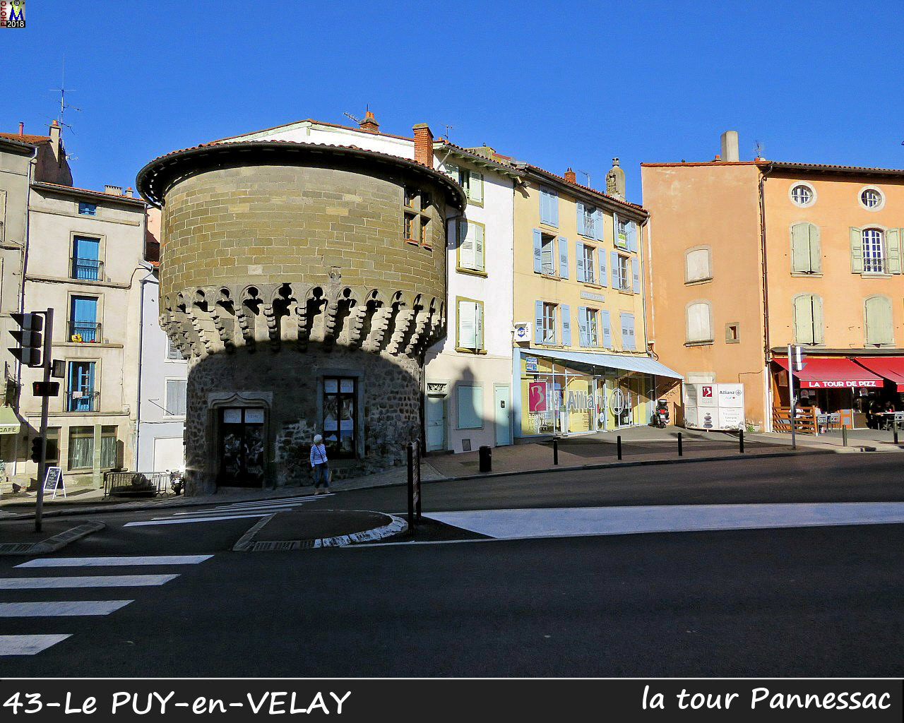 43PUY-EN-VELAY_tour_100.jpg