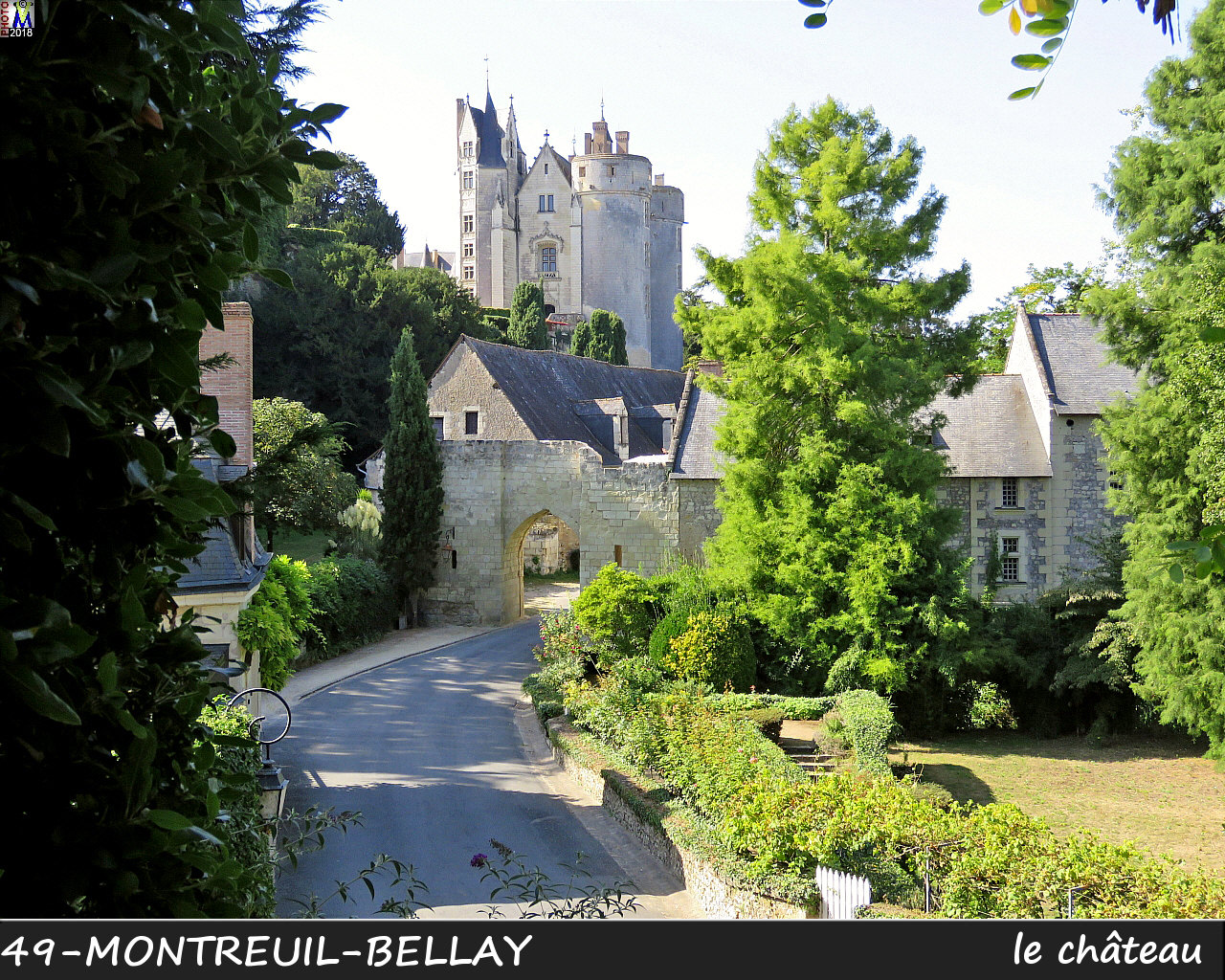 49MONTREUIL-BELLAY_chateau_1004.jpg