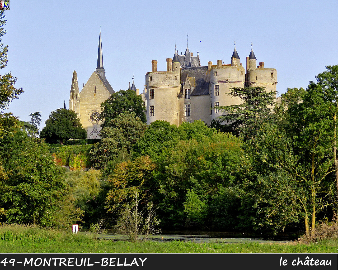 49MONTREUIL-BELLAY_chateau_1014.jpg