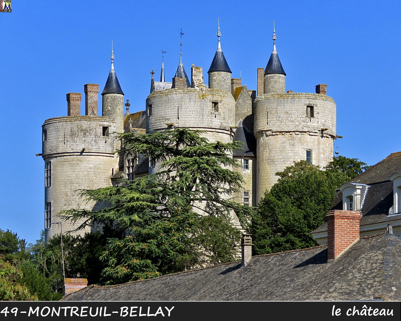 49MONTREUIL-BELLAY_chateau_1016.jpg