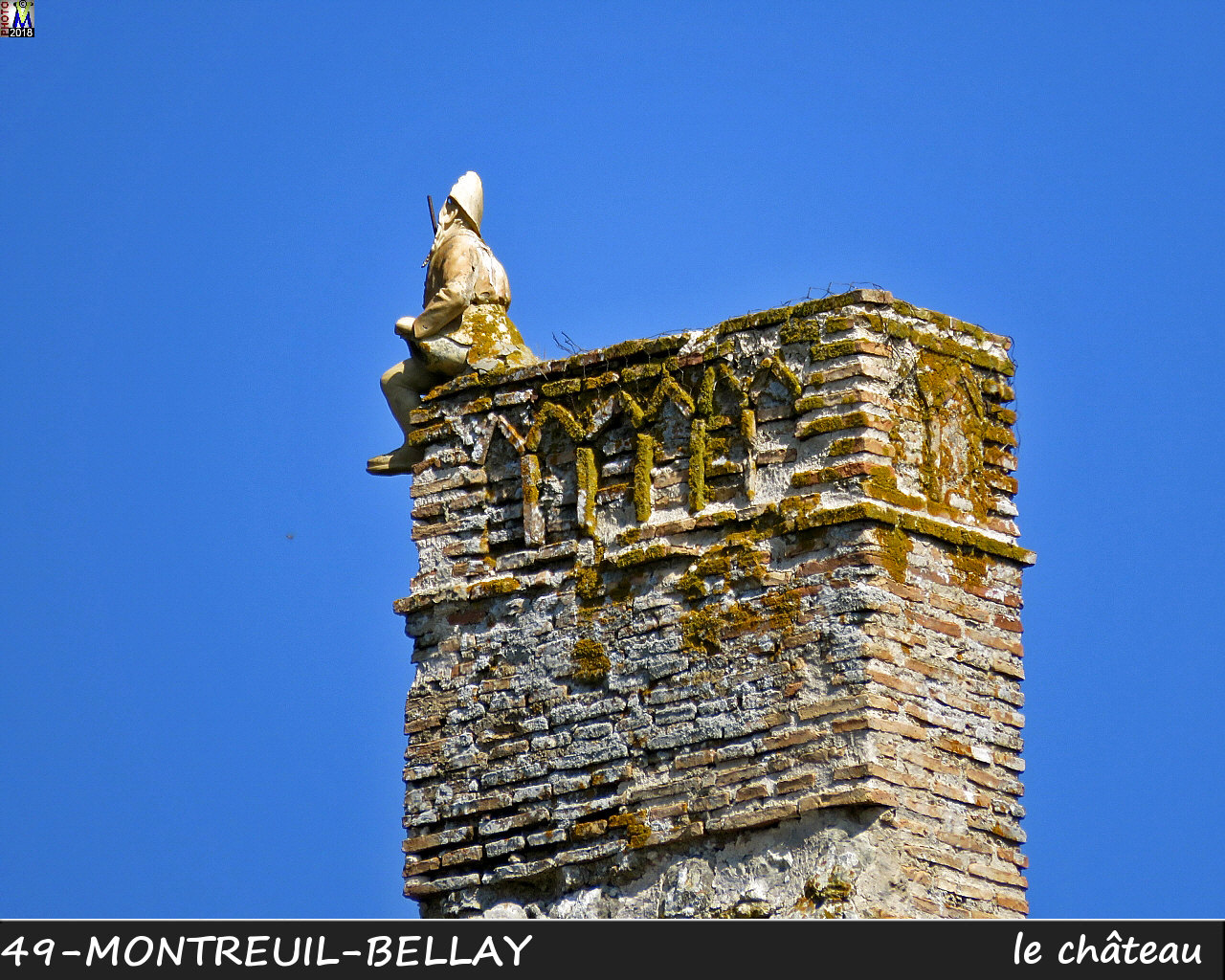 49MONTREUIL-BELLAY_chateau_1038.jpg