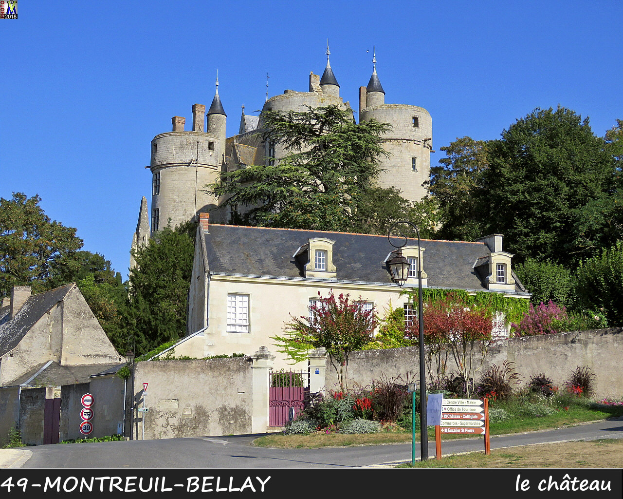 49MONTREUIL-BELLAY_chateau_1050.jpg