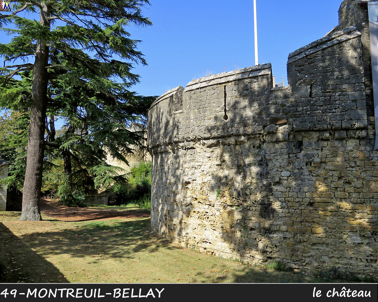 49MONTREUIL-BELLAY_chateau_1060.jpg