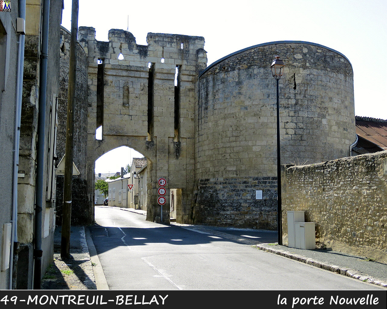 49MONTREUIL-BELLAY_porteNouvelle_1002.jpg