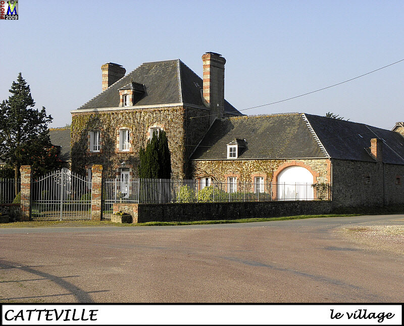 50CATTEVILLE_village_102.jpg