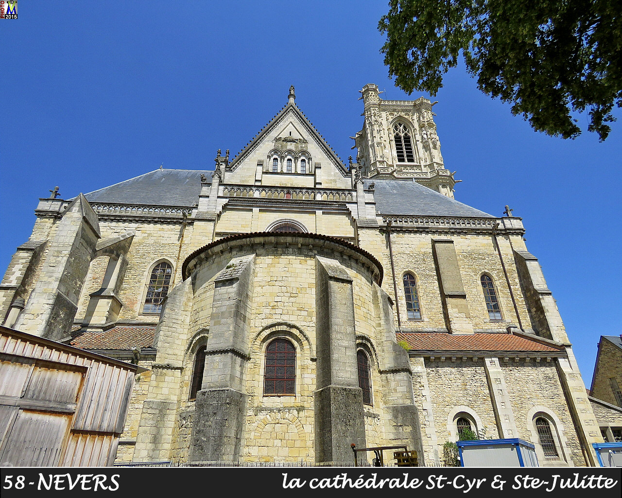 58NEVERS-cathedrale_102.jpg