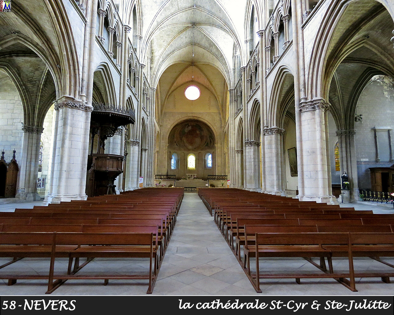 58NEVERS-cathedrale_204.jpg