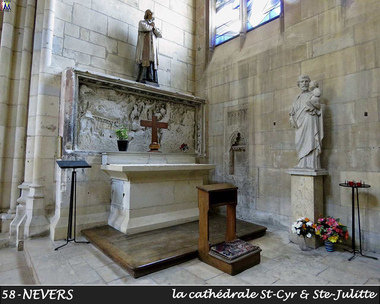 58NEVERS-cathedrale_228.jpg