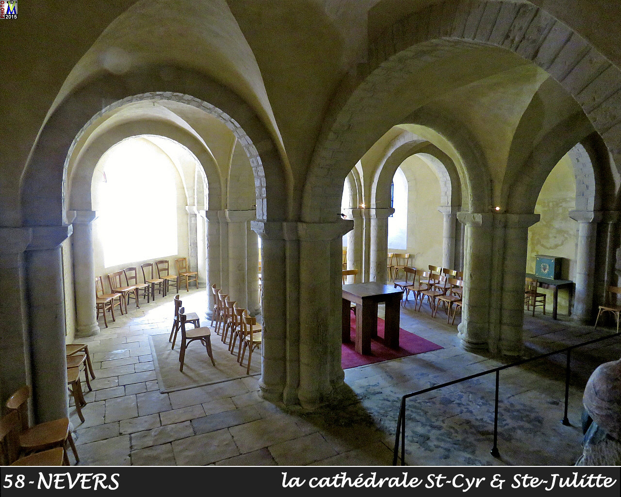 58NEVERS-cathedrale_300.jpg