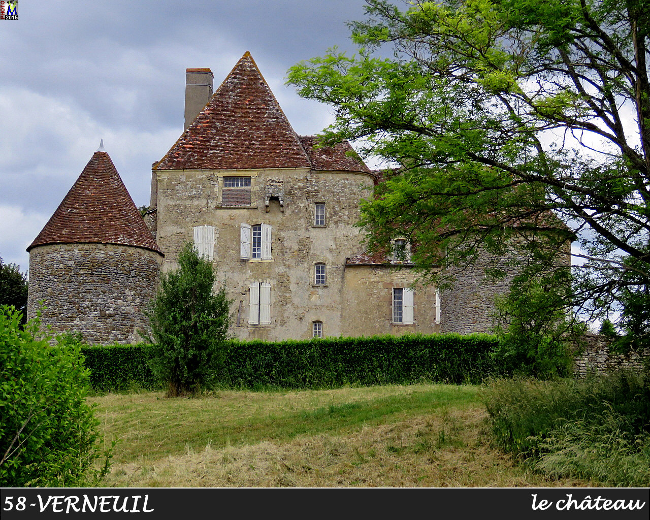 58VERNEUIL_chateau_100.jpg