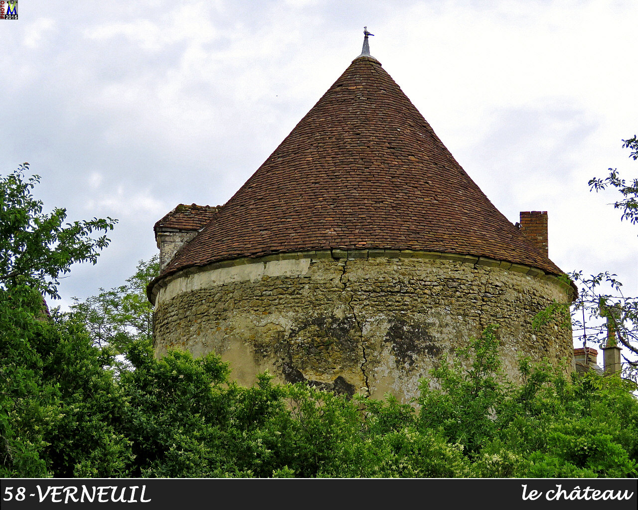 58VERNEUIL_chateau_104.jpg