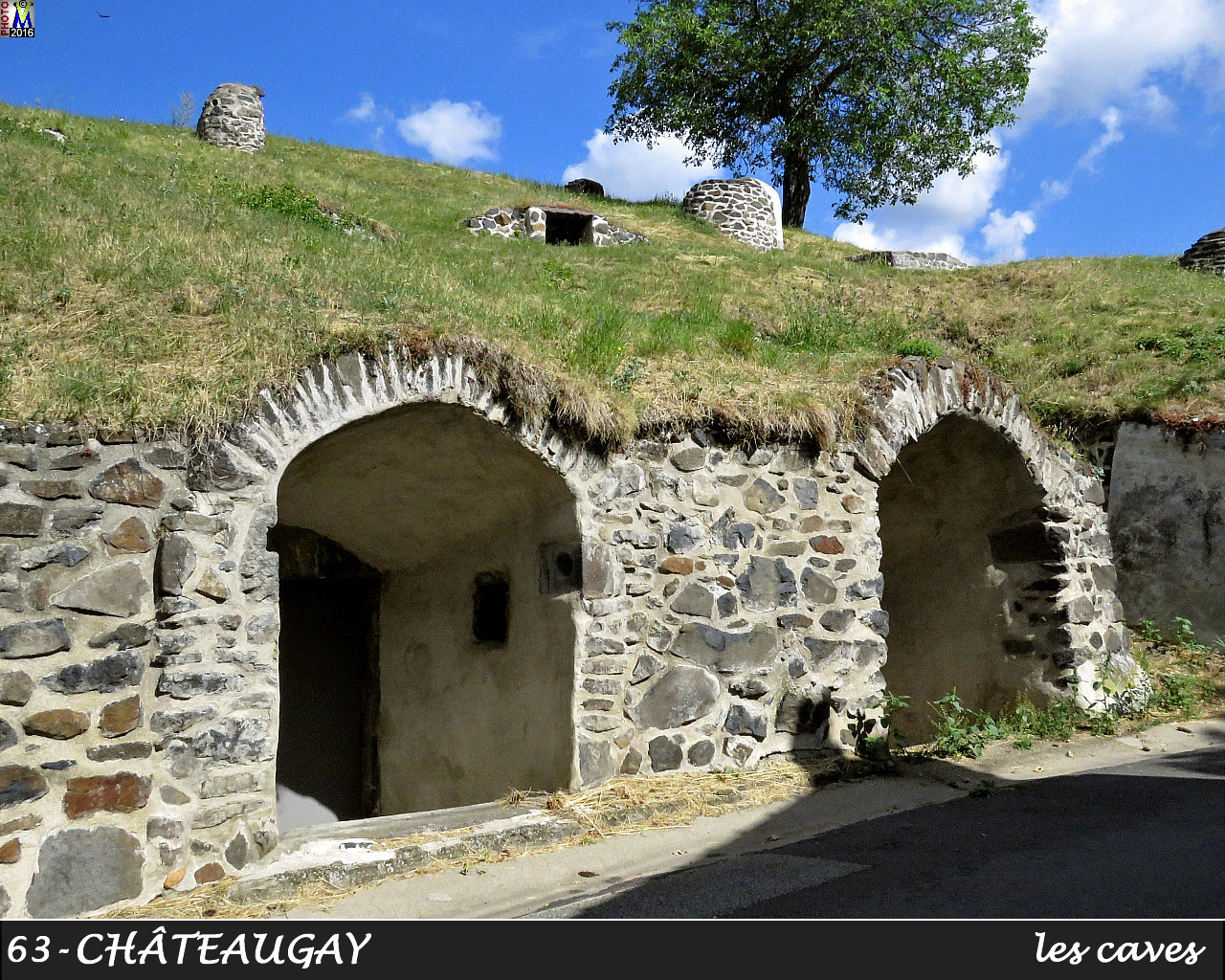 63CHATEAUGAY_caves_108.jpg