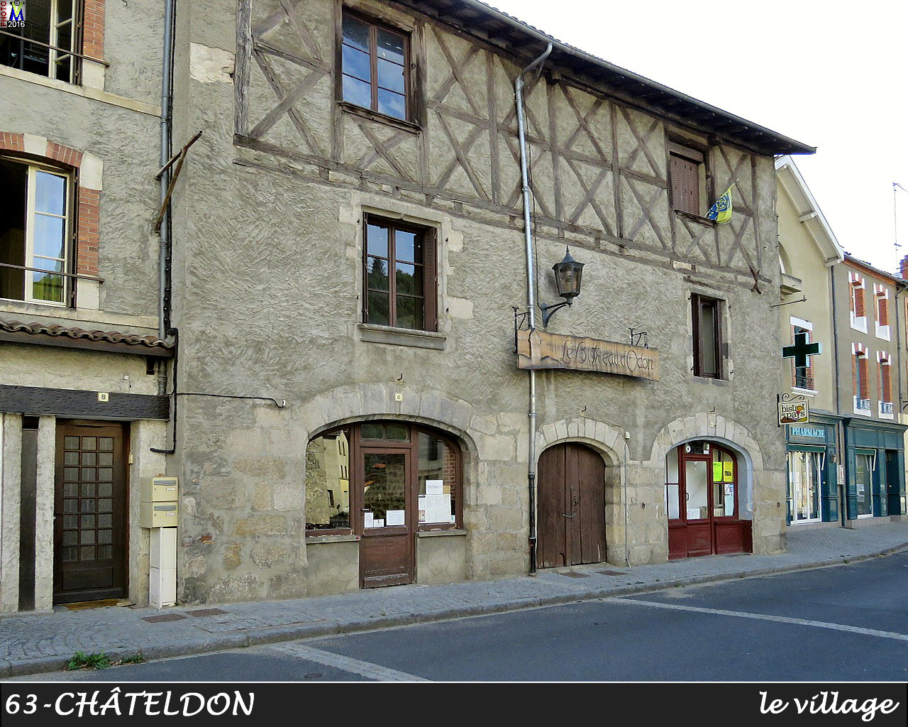 63CHATELDON_village_114.jpg