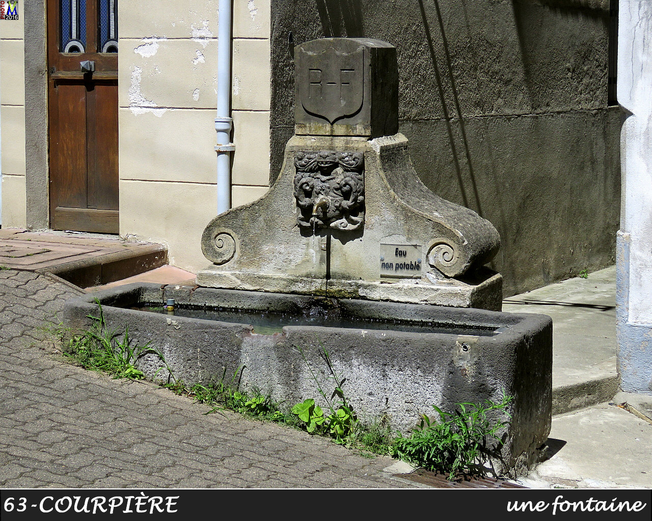 63COURPIERE_fontaine_120.jpg
