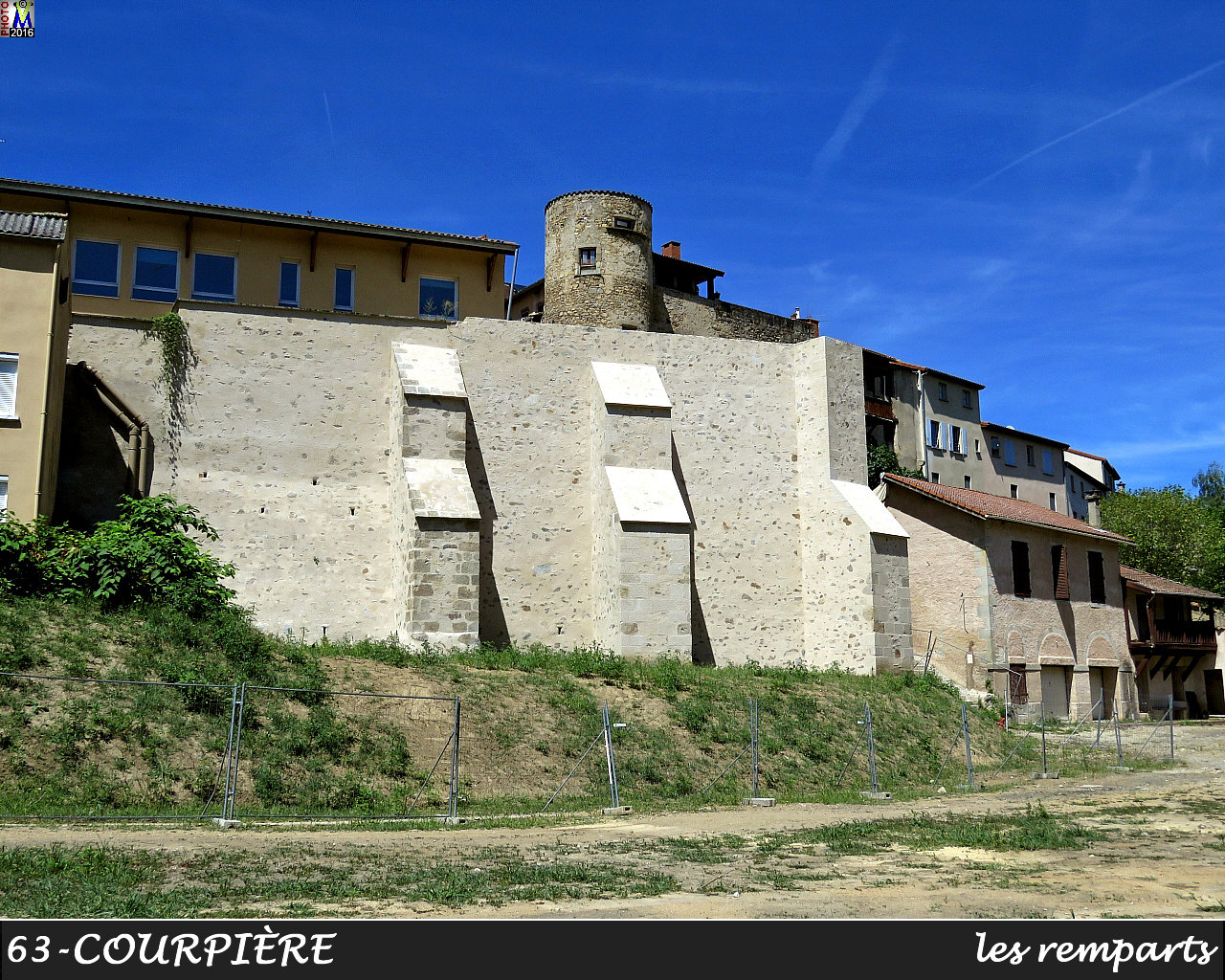 63COURPIERE_remparts_100.jpg