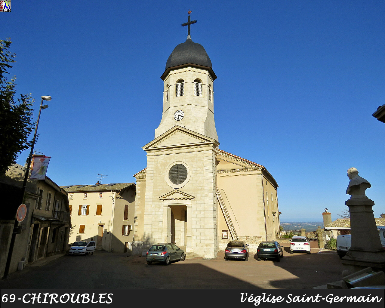 69CHIROUBLES_eglise_100.jpg